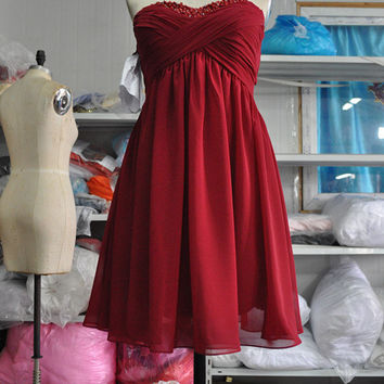 Short Strapless Sweetheart Crystal Red Prom Dress