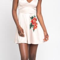 FLARED FLORAL EMBROIDERED DRESS