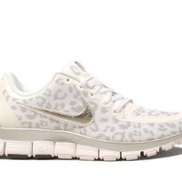 Amazon.com: Nike Wmns Free 5.0 V4 Leopard - White Wolf Grey (511281-100) (7 B(M) US): Shoes