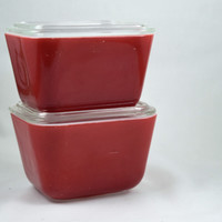 Vintage Glassware-Pyrex-Refrigerator Dish-Primary Colors-1.5 cup-Red-1945-(1)