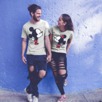 Mickey Minnie Kiss His Her Couple Matching Love Set T-shirt