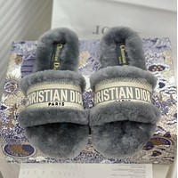 DIOR The latest wool slippers in autumn and winter