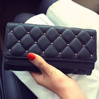 Stylish Checked and Rivet Design Wallet