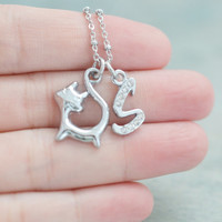 personalized kitty cat necklace, initial necklace, cat lover's necklace, animal necklace, pet charm, bridesmaid gift, wedding, friend gift