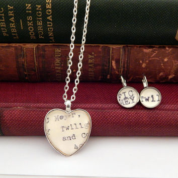 Twilight jewelry set, book inspired jewellery, Twilight fan gift, book lovers gift, gifts for teens, Bella Swan necklace, teen jewelry