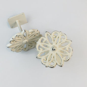 Curtain Tiebacks, Antique White, Curtain Tie backs, Curtain Holdbacks, Set of two, Cast Iron, Metal, Shabby Chic Home Decor, Nursery Decor