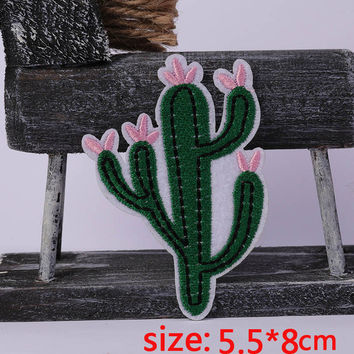 2016year New arrival 1PC Cactus flower Iron On Embroidered Patch For Cloth Cartoon Badge Garment Appliques DIY Accessory