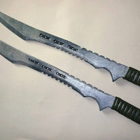 Pair of Deathstroke / Slade Wilson Style Knives