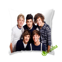 One Direction Smiles Square Pillow Cover