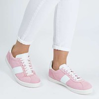 CAPER Lace-Up Trainers