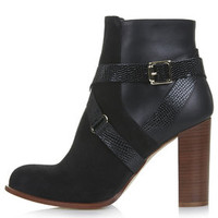 AROMA Ankle Boots - Black