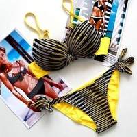 tourtown — Triangle striped bikini
