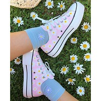 Converse Chuck Taylor camp daisies platform low from Sneaker