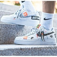 NIKE Air Force 1 '07  Just Do It New fashion more letter print embroidery letter couple running shoes White