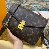 LV Louis Vuitton Hot Sale Women's Printed Letters Shopping Diagonal Bag Bucket Bag