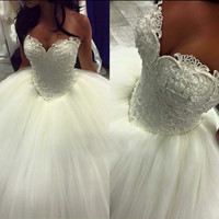 Full Pearls Puff Ball Gown Wedding Dress With Sweetheart Neckline 2017 New Wedding Dresses