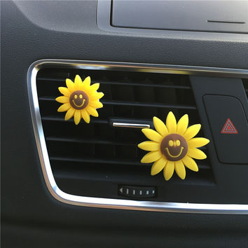 Cute animals and the rainbow Car styling Air outlet decoration car air conditioner Perfume Air Freshener Perfumes 100 Original