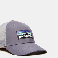 Patagonia P6 Low Profile Trucker Hat - Urban Outfitters