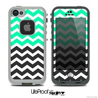 The Trendy Green and Black Chevron Pattern Skin For The iPhone 5 LifeProof Case
