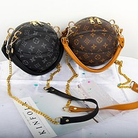Louis Vuitton casual print basketball bag, handbag, one-shoulder cross-body bag