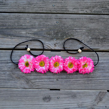 Pink Daisy Floral Croan Pink Flower Crown Floral Halo Pink and White Hippie Headpiece Festival Crown Coachella Crown Halo Headband Boho