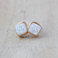 Druzy Diamond Drilled Studs - Confetti Cream