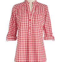 ModCloth Americana Long 3 Cover-up Bonfire Stories Tunic in Red Gingham