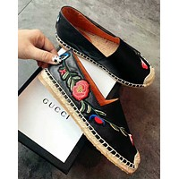 GUCCI Embroidered Flowers and Grass-woven Fisherman's Shoes