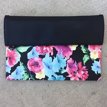 Finnley Floral Fold Over Clutch/Crossbody