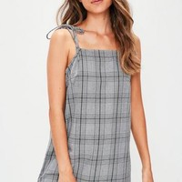Missguided - Grey Prince Of Wales Check Tie Strap Cami Shift Dress