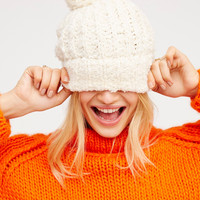 Free People - Snuggle Bear  Beanie