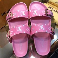 Louis Vuitton Women Men Fashion Flats Sandals Slipper Shoes
