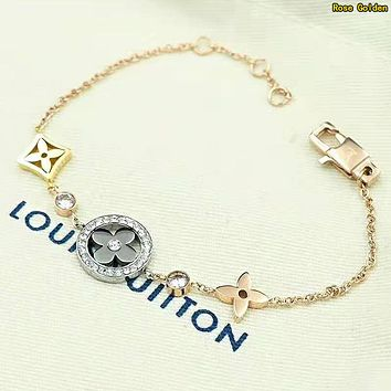 LV Louis Vuitton Newest Fashion Women Delicate Stainless Steel Bracelet Hand Catenary Rose Golden