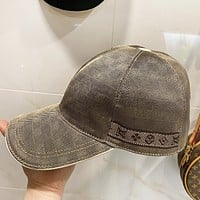 LV New fashion tartan monogram cap hat Gray