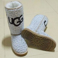 DCCK8X2 ugg snowboots by QnKfashions on Etsy