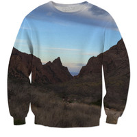 Extended window sweat shirt