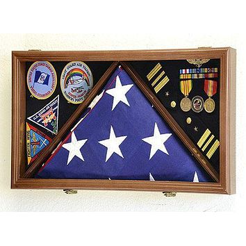 Large Flag & Medals Military Pins Patches Insignia Holds up to 5' X 9' Flag