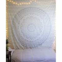 New Indian Mandala Tapestry Wall Hanging Tapestries Boho Bedspread Beach Towel Yoga Mat Blanket Table Cloth Light Colour