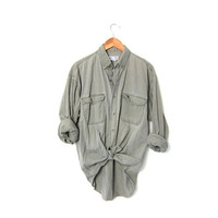 20% OFF SALE Vintage Washed Out Army Green Shirt. Long Sleeve Cotton Shirt. Button Up Boyfriend Shirt. Mens Grunge Top. Work Shirt. L