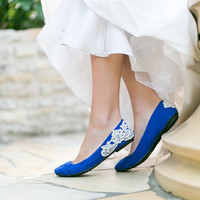 Wedding Flats - Cobalt Blue Bridal Ballet Flats, Wedding Shoes with Ivory Lace. US Size 8.5