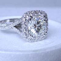 5.28ct Cushion Moissanite & Diamond Engagement Ring 18kt JEWELFORME BLUE