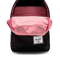 Herschel Supply Co. Pop Quiz in Black | REVOLVE
