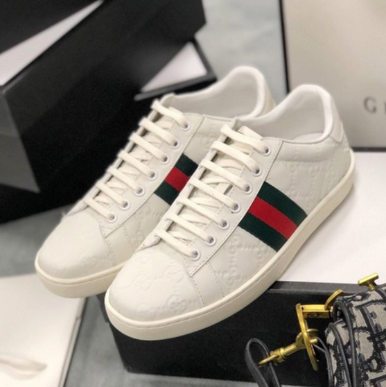 Image of Gucci lace up classic couple's little white shoes