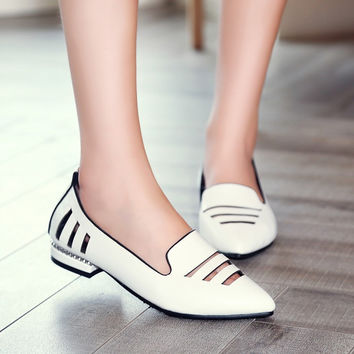 Pointed Toe Hollow Out Loafers Low Heeled Shoes 4762