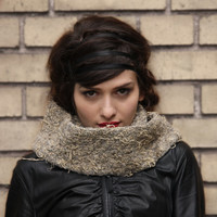 october trend / pastel grunge/ chunky knit cowl / taupe scarf / knit cowl scarf / oatmeal scarf / chunky scarf