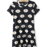 Black Daisy Print Short Sleeve Pleated Shift Mini Dress