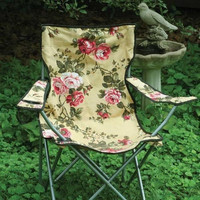 Glamping Chintz Roses Folding Camping Lawn Chair