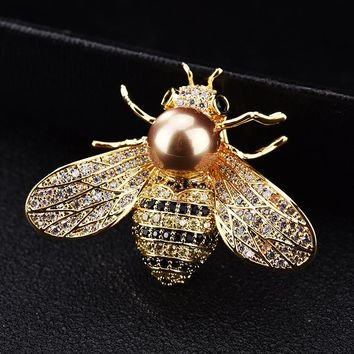 Luxury Crystal Pearl Honey Bee Animal Collar Pins and Brooches for Women Lapel Pin Broches Broach Jewelry Valentine's Day X169