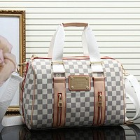 Louis Vuitton women's trendy fashion shoulder bag mobile F White