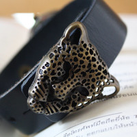 Leather Women Watch with leopard head - Leather Wrist Watch - Women's Leather Wrist Watch